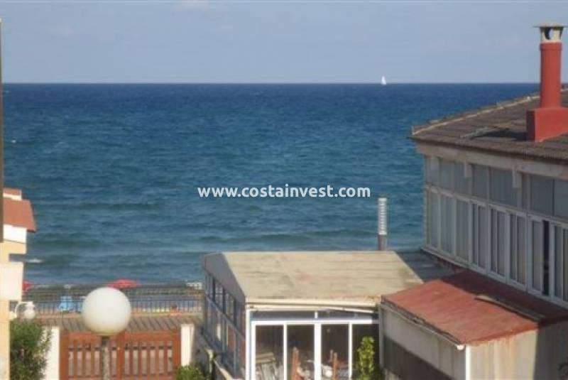 Semidetached Villa - Resale - La Mata - La Mata