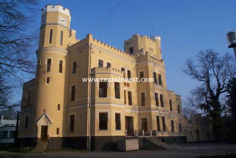 Castle - Resale - Romania - Romania