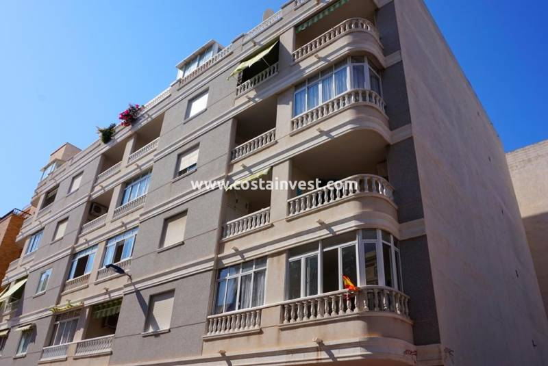 Apartment - Revânzare - Torrevieja - Center
