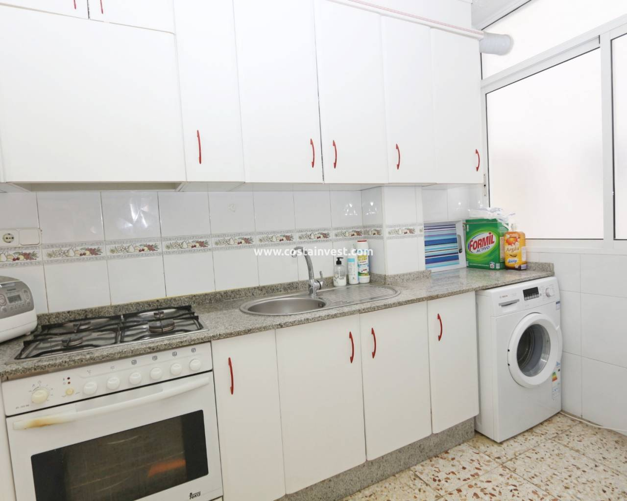 Resale - Apartment - Torrevieja - Playa del Acequión