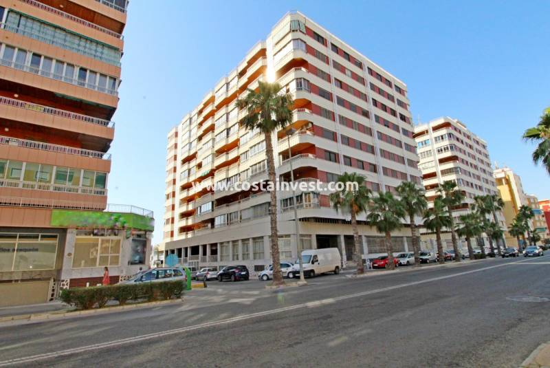Apartment - Revânzare - Torrevieja - Downtown