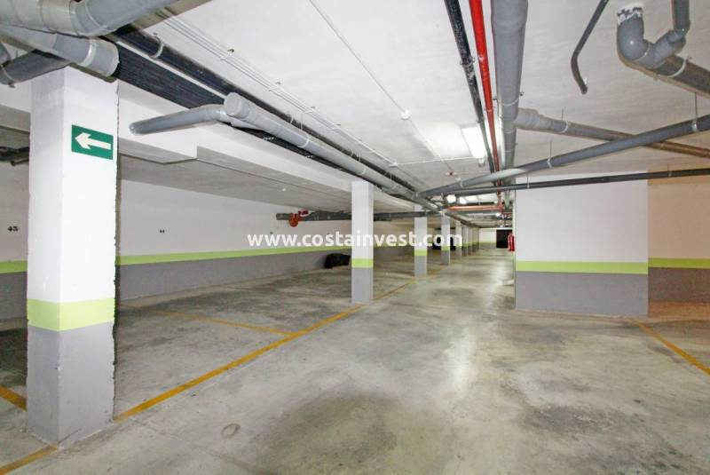 Garage/Place de parking - Revente - Orihuela Costa - Playa Flamenca