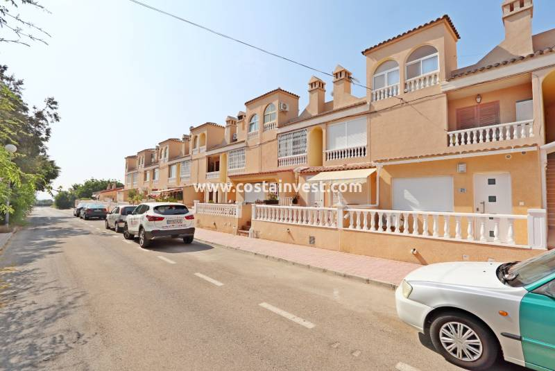 Apartment - Revânzare - Orihuela Costa - Los Altos