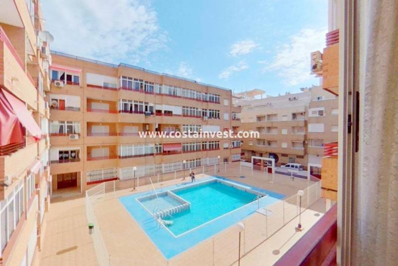 Apartment - Wiederverkauf - Torrevieja - Center