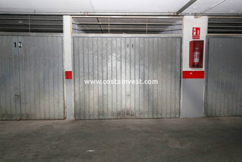 Garage/Place de parking - Revente - Torrevieja - Torrevieja