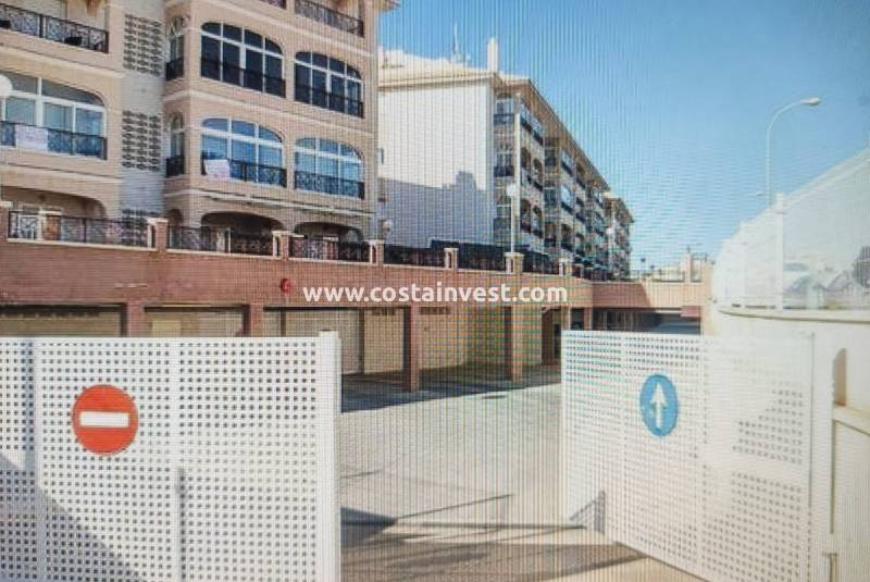 Garage - Herverkoop - Orihuela Costa - Playa Flamenca